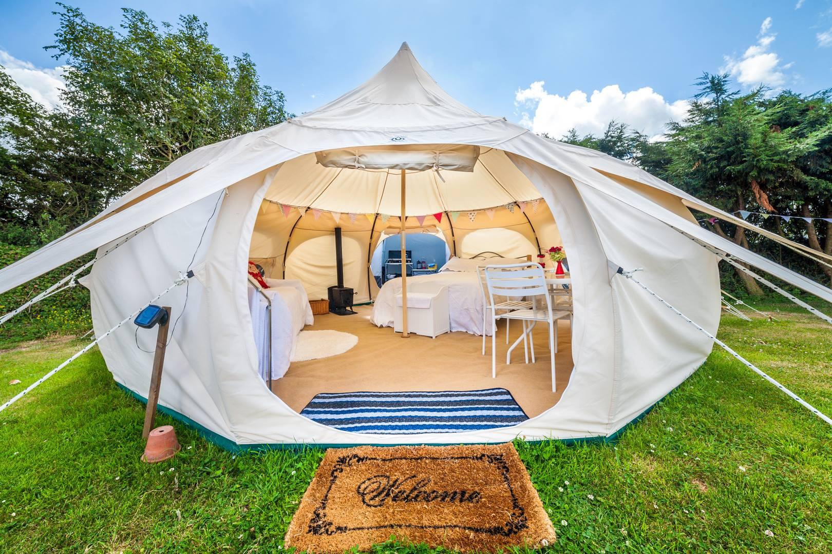 Сех в палатке фото 23 фотография